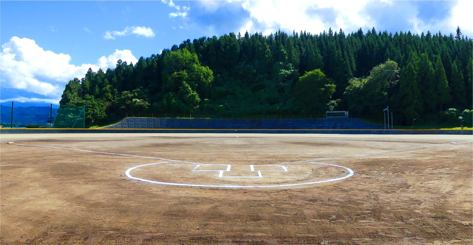 メインビジュアル1 高坂グランド
